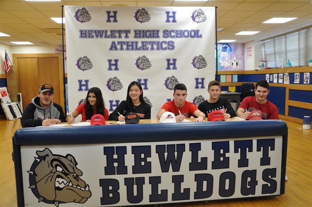 Six HHS students sign early decision to play college sports!